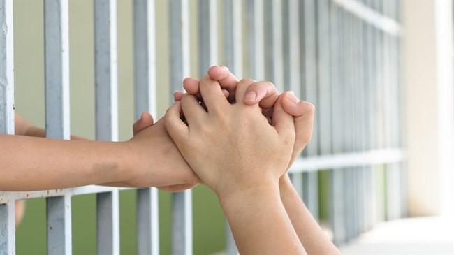 Helping kids with incarcerated parents