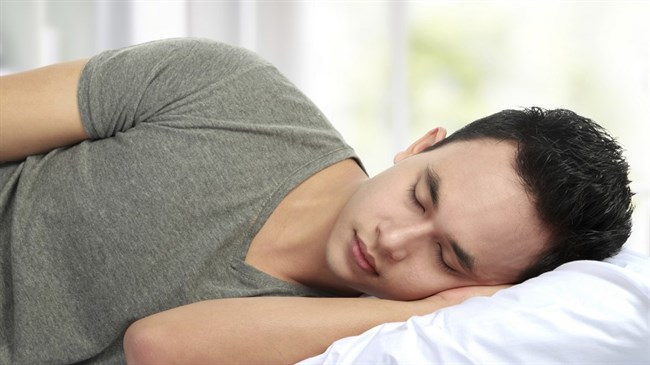 Sleeping-in on weekends linked to lower body weight