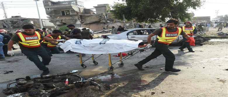 Over two dozen people killed in Pakistan blast