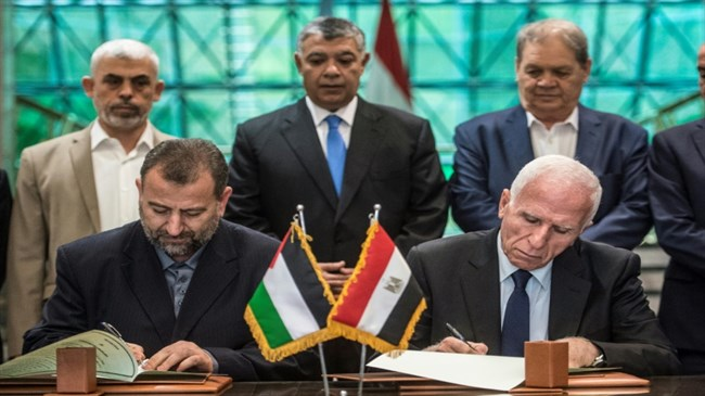 Hamas, Fatah sign deal on Palestinian reconciliation