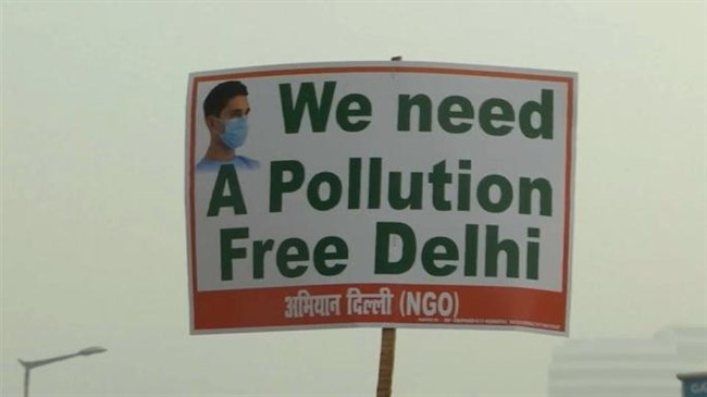 Delhi air pollution hits danger levels (video)