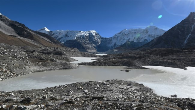 Fighting climate change in the shadow of Mount Everest