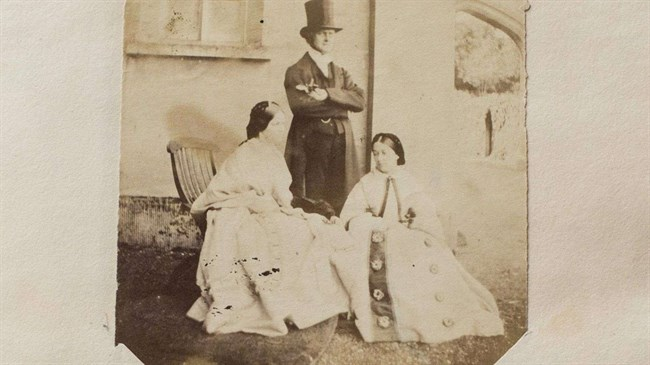 Long-lost Jane Austen family photo album found