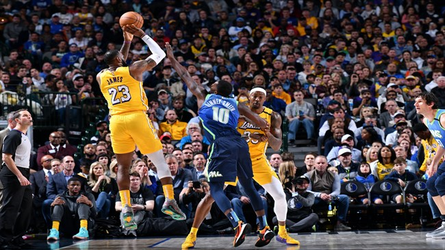 James leads Lakers over frustrated Doncic, Mavericks 129-114