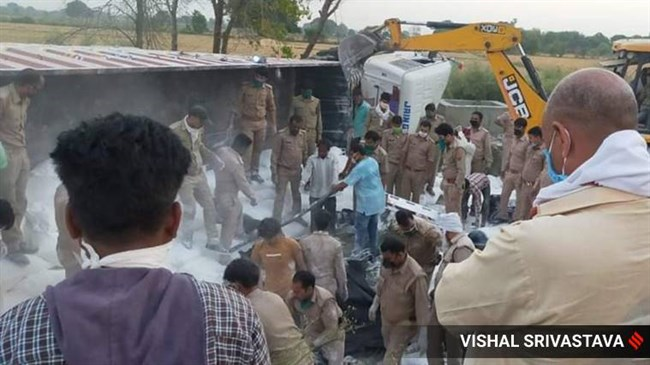 Road accident kills 24 migrant workers in India