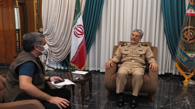 Rear Admiral Sayyari: Enemies will regret if Iran's interests are jeopardized