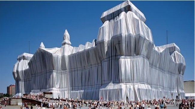 Bulgarian-born artist, Christo, who famously wrapped landmarks, dies at 84