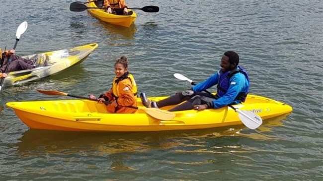 Dad learns to swim for 'inspiring' kayaking daughter