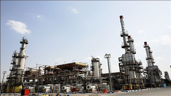 Iran nears self-sufficiency in manufacturing refinery parts