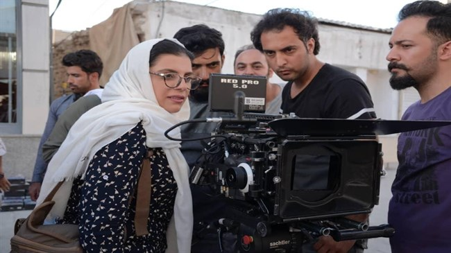 Iranian female director wins top award at London festival