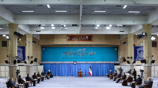 Iran's Leader receives members of anti-COVID-19 headquarters