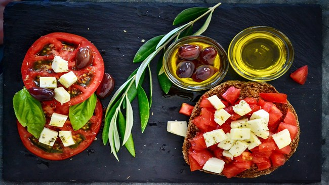 Mediterranean diet tied to 30 percent risk reduction for diabetes in Women's Health Study