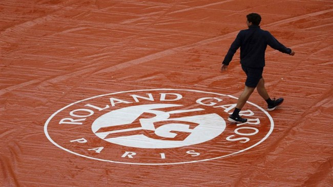 French Open postponement a possibility: Sports minister