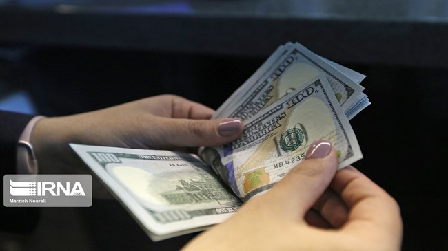 US dollar drops in Iranian market, TSE index rises