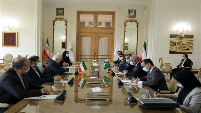 Iran, Pakistan discuss promotion of bilateral relations